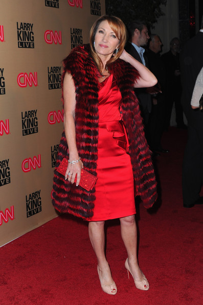 Jane Seymour Fur Scarf [larry king live,red,flooring,fashion model,dress,carpet,leg,fashion,red carpet,cocktail dress,girl,larry king,jane seymour,arrivals,restaurant,beverly hills,cnn,final,broadcast party,broadcast party]