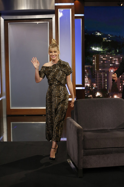 January Jones Print Dress [jimmy kimmel live,season,fashion,dress,room,photography,fashion design,jimmy kimmel,guests,dhani harrison,comedians,lineup,human-interest subjects,abc,weeknight]