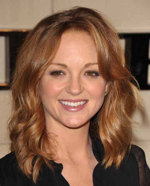 Jayma Mays Pink Lipstick [hair,face,hairstyle,eyebrow,blond,chin,brown hair,lip,hair coloring,layered hair,arrivals,jayma mays,beverly hills,california,burberry,burberry body launch,event]