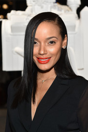 Selita Ebanks brightened up her beauty look with this vibrant shade of red.