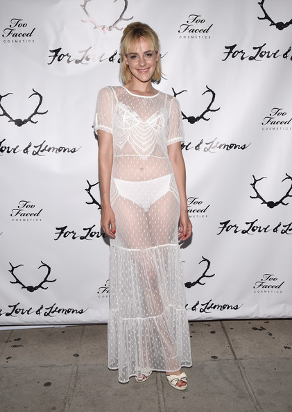 Jena Malone Platform Sandals [clothing,fashion,dress,shoulder,fashion design,flooring,carpet,haute couture,red carpet,cocktail dress,jena malone,lemons,for love,performance,the carondelet house,los angeles,love and lemons annual skivvies party,skivvies,party,too faced]