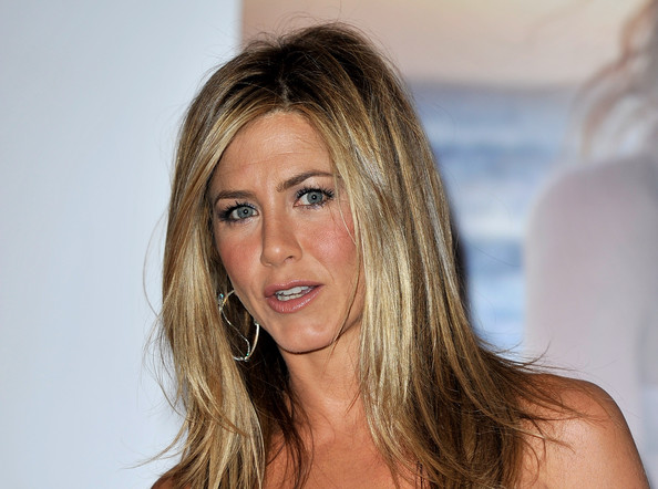 More Pics of Jennifer Aniston Medium Layered Cut (1 of 29) - Jennifer Aniston Lookbook - StyleBistro