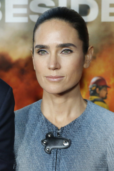 Jennifer Connelly Nude Lipstick [only the brave,photo,hair,face,hairstyle,eyebrow,beauty,lip,black hair,premiere,brown hair,long hair,jennifer connelly,kena betancur,new york,ipic theater,afp,screening]