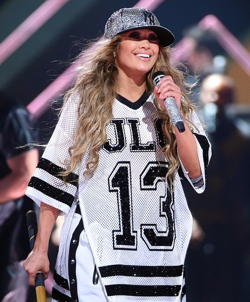 Jennifer Lopez Team Baseball Cap [fashion,performance,pink,sportswear,jersey,sports uniform,long hair,headgear,street fashion,music artist,jennifer lopez,jennifer lopez performance,nomadic live,minneapolis,the armory,minnesota,directv,saturday night concert]