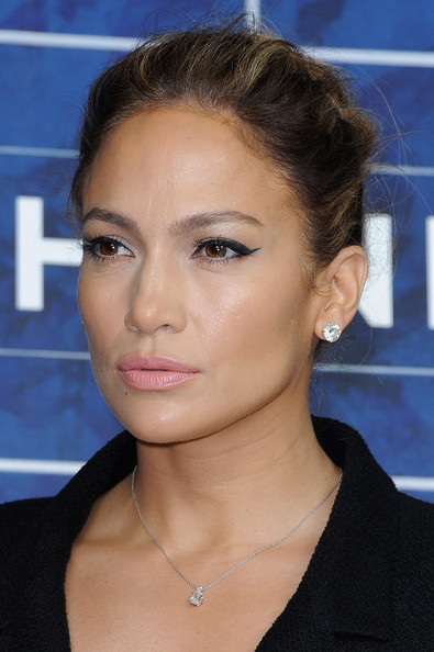 Jennifer Lopez Cat Eyes