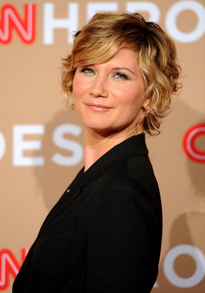 Jennifer Nettles Short Curls