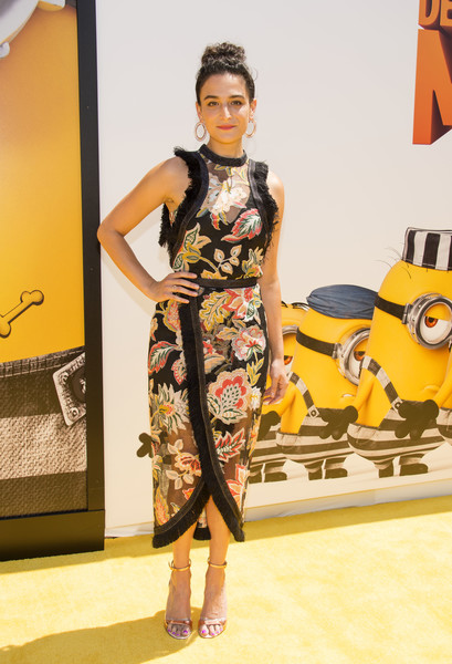 Jenny Slate Evening Sandals [despicable me 3,photo,fashion model,clothing,fashion,yellow,dress,fashion show,fashion design,hairstyle,footwear,shoulder,arrivals,jenny slate,los angeles,california,universal pictures,illumination entertainment,premiere,premiere]