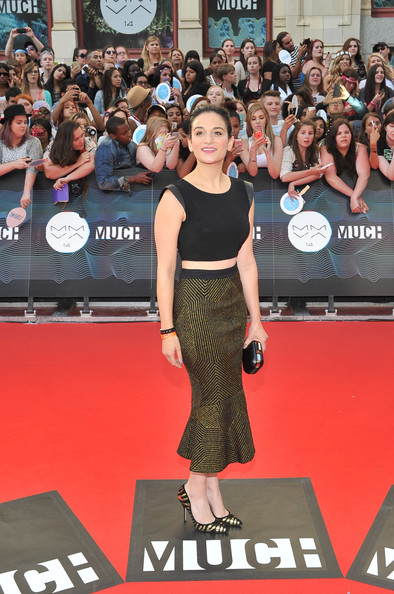 Jenny Slate Crop Top [red carpet,carpet,premiere,flooring,fashion,event,dress,style,performance,muchmusic video awards,room,muchmusic hq,toronto,canada,jenny slate]