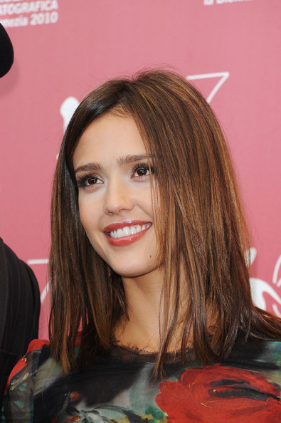 jessica alba shoulder length hair