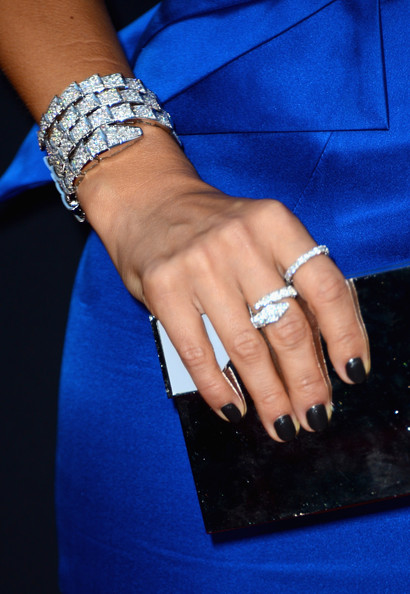 Jessica Alba Cuff Bracelet [sin city: a dame to kill for,premiere of dimension films,nail,finger,blue,ring,hand,nail care,jewellery,electric blue,fashion accessory,nail polish,jessica alba,arrivals,jewelry detail,tcl chinese theatre,california,hollywood,dimension films,premiere]