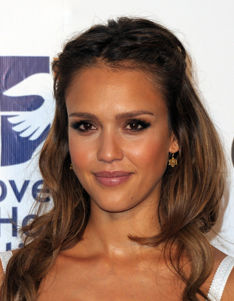 Jessica Alba Gold Dangle Earrings