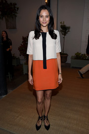 Emma Heming Willis was retro-chic in a tricolor shift dress while attending the Honest Company's Springtime in Paris collection launch.