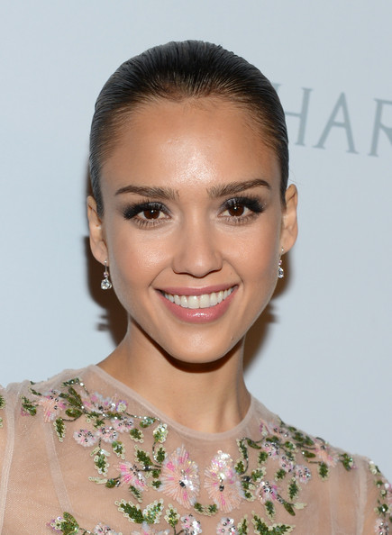 Jessica Alba False Eyelashes