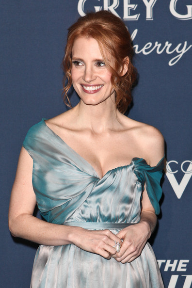 Jessica Chastain Pearl Ring [hair,hairstyle,clothing,shoulder,dress,premiere,blond,long hair,brown hair,smile,red carpet,jessica chastain,getty house,los angeles,california,hollywood reporter,the hollywood reporter,nominees night 2012,a celebration of the 84th annual academy awards,a celebration]