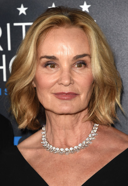 Jessica Lange Short Wavy Cut [hair,face,hairstyle,chin,eyebrow,blond,forehead,cheek,lip,jewellery,arrivals,jessica lange,beverly hills,california,the beverly hilton hotel,critics choice television awards]