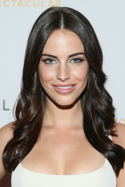 Jessica Lowndes Long Wavy Cut [sports spectacular luncheon,cedars-sinai,hair,face,hairstyle,eyebrow,shoulder,brown hair,chin,black hair,lip,long hair,beverly hills,california,the beverly hilton hotel,jessica lowndes]