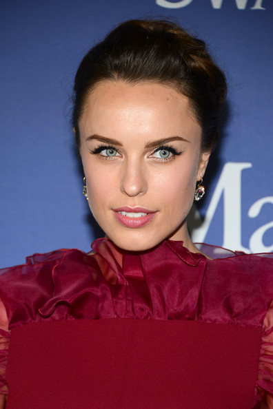 Jessica McNamee Beauty