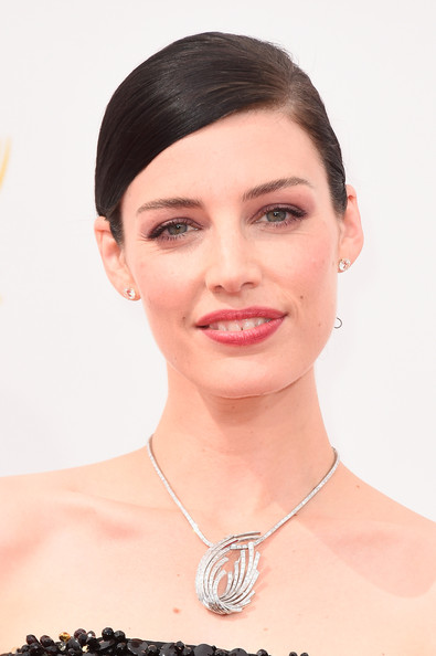 Jessica Pare Diamond Pendant [hair,face,eyebrow,hairstyle,chin,skin,lip,forehead,beauty,head,arrivals,jessica pare,part,california,los angeles,nokia theatre l.a. live,primetime emmy awards]