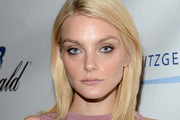 Jessica Stam Medium Straight Cut