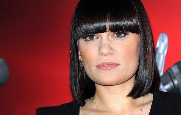 Jessie J Hairstyle: More Pics Of Jessie J Medium Straight Cut With Bangs (3 Of