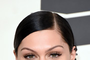 Jessie J Side Parted Straight Cut