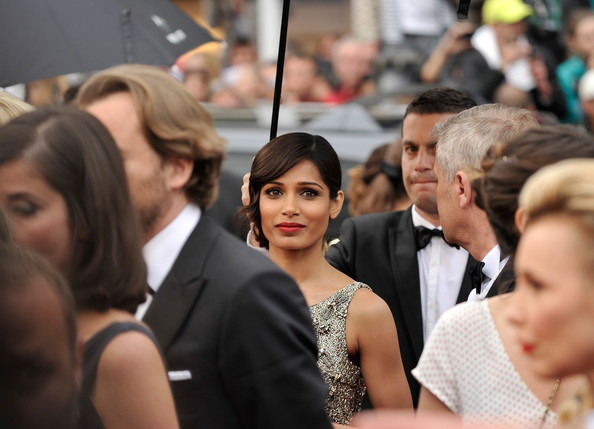 More Pics of Freida Pinto Bobby Pinned Updo (1 of 43) - Freida Pinto Lookbook - StyleBistro