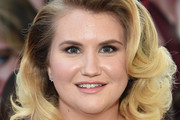 Jillian Bell Medium Curls