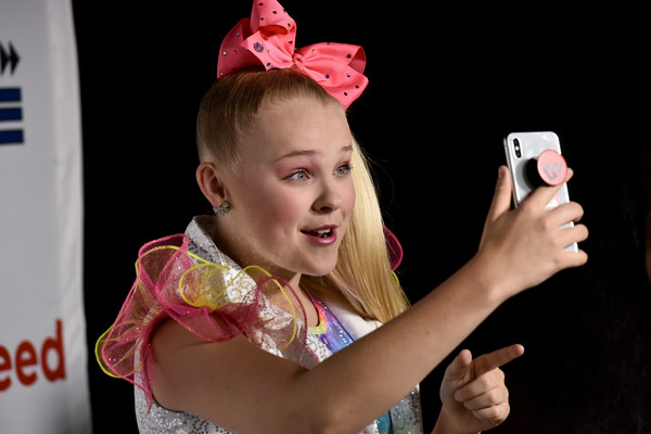 JoJo Siwa Hair Bow [hair accessory,ear,photography,fashion accessory,child,headpiece,talent show,performance,jojo siwa,internet,internet live,webster hall,new york city,buzzfeed]