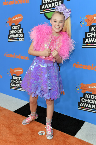 JoJo Siwa Sequined Jacket [red carpet,talent show,carpet,flooring,electric blue,premiere,talent show,carpet,flooring,jojo siwa,kids choice awards,blue,nickelodeon,the forum,premiere]