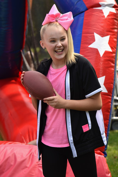 JoJo Siwa Zip-up Jacket [worldwide day of play,pink,red,blond,magenta,smile,headgear,costume,child,style,games,jojo siwa,nethermead,brooklyn,new york,prospect park,nickelodeon,worldwide day of play celebration]