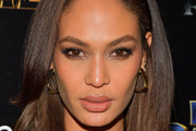 Joan Smalls Medium Straight Cut