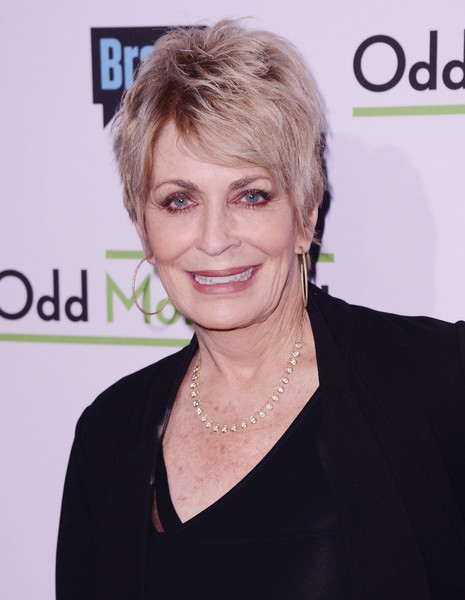 Joanna Cassidy Layered Razor Cut [bravo presents a special screening of ``odd mom out,hair,face,hairstyle,eyebrow,skin,blond,chin,forehead,lip,smile,arrivals,joanna cassidy,new york city,florence gould hall,bravo,screening]