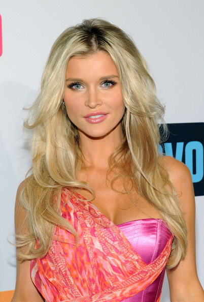 Joanna Krupa Layered Cut