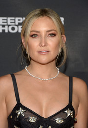 Kate Hudson opted for a neutral-toned lip when she attended the premiere of 'Deepwater Horizon.'