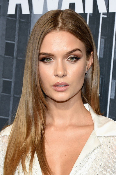 Josephine Skriver Layered Cut