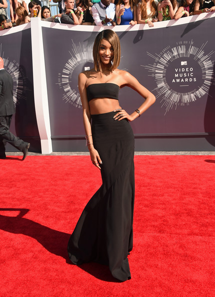 Jourdan Dunn Goes Black in Balmain at the MTV VMAs 2014