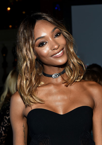 Jourdan Dunn Medium Wavy Cut