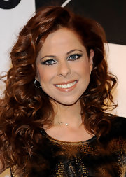 Pastora Soler showed off her radiant red curls at the Jubilo Awards.