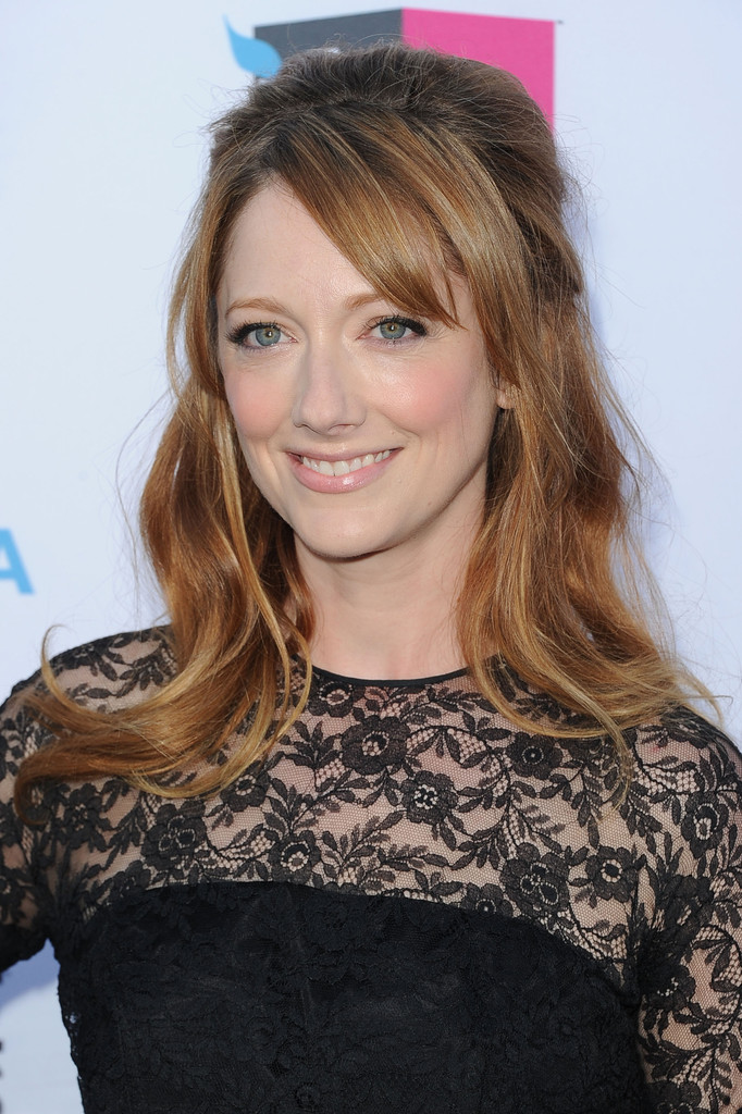 Judy Greer Half Up Half Down Judy Greer Updos Looks