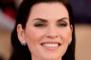 Julianna Margulies Long Side Part