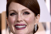 Julianne Moore Chignon