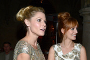 Julie Bowen's Luxe Looped Ponytail
