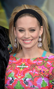 Kimberly Wyatt wore her hair teased '60s style when she attended the European premiere of 'The Jungle Book.'
