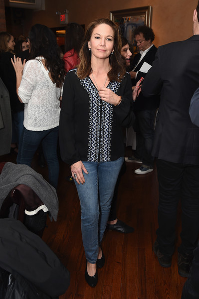 More Pics of Diane Lane Tunic (1 of 4) - Tops Lookbook - StyleBistro [jury,diane lane,event,fashion,outerwear,jeans,suit,long hair,blazer,fashion design,premiere,smile,welcome lunch,lunch,tribeca film festival,tribeca grill loft,new york city]