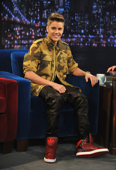 justin bieber shoes with wings