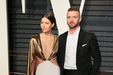 Justin Timberlake Jessica Biel 2017 Vanity Fair Oscar Party Hosted By Graydon Carter - Arrivals