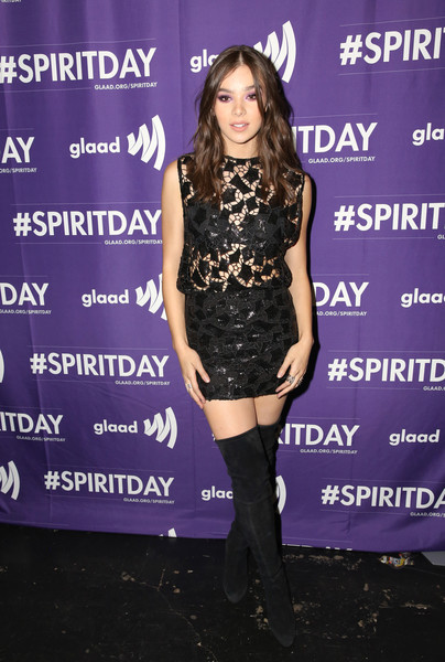 Hailee Steinfeld rounded out her rocker-chic look with black over-the-knee boots.
