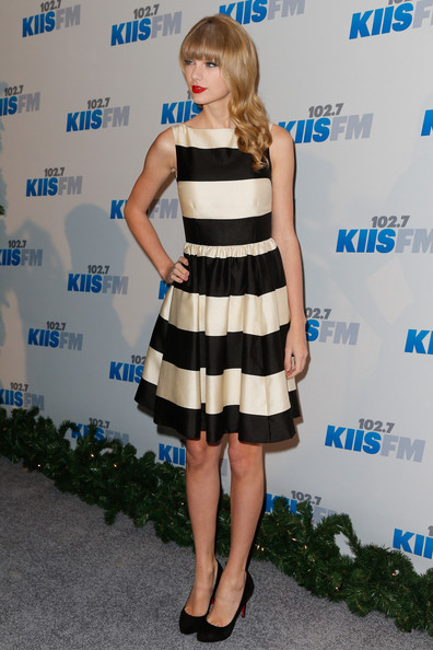 More Pics of Taylor Swift Print Dress (1 of 18) - Dresses & Skirts Lookbook - StyleBistro [clothing,dress,cocktail dress,shoulder,hairstyle,fashion,cobalt blue,footwear,fashion model,electric blue,arrivals,taylor swift,california,los angeles,nokia theatre l.a. live,kiis fm,jingle ball]