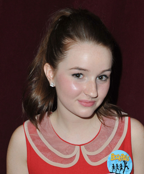 Kaitlyn Dever Ponytail [hair,face,eyebrow,hairstyle,chin,forehead,beauty,neck,lip,brown hair,kaitlyn dever,bookpals,west hollywood,california,screen actors guild foundation celebrates 20 years,west hollywood city council chamber,celebration]
