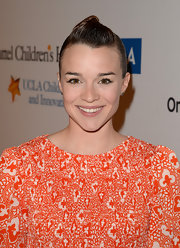 Renee Felice Smith rocked a sleek twisted bun at the Kaleidoscope Ball in Beverly Hills.